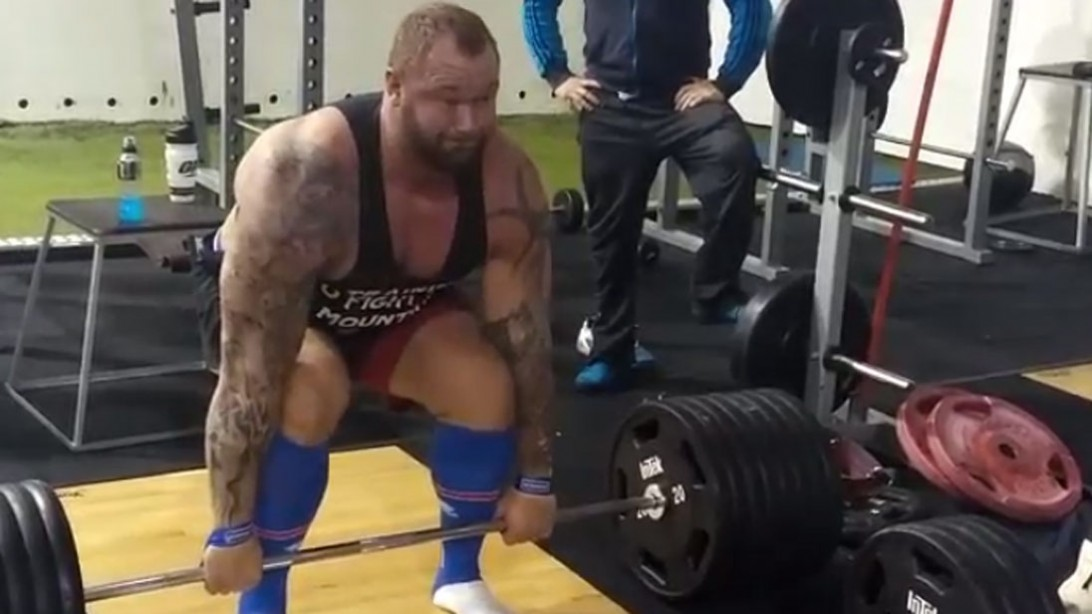 Check Out 'Thor' Hafþór Björnsson Sparring in the Ring