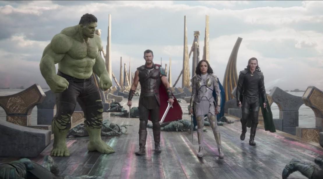 Thor: Ragnarok' Contender Spot Debuts During NFL Season Opener