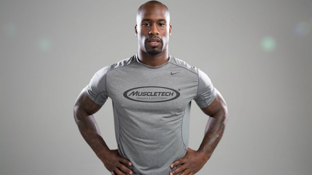 Vernon Davis Fuels Up with MuscleTech