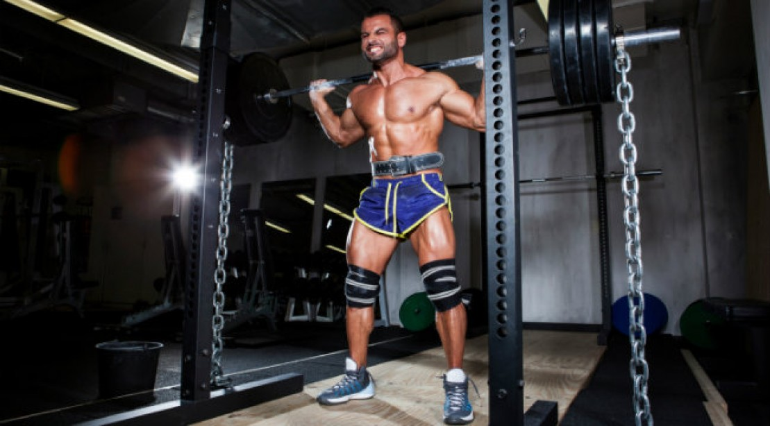 barbell squat with chains