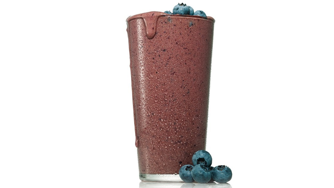 Chocolate Blueberry Booster: Smoothie for Athletes