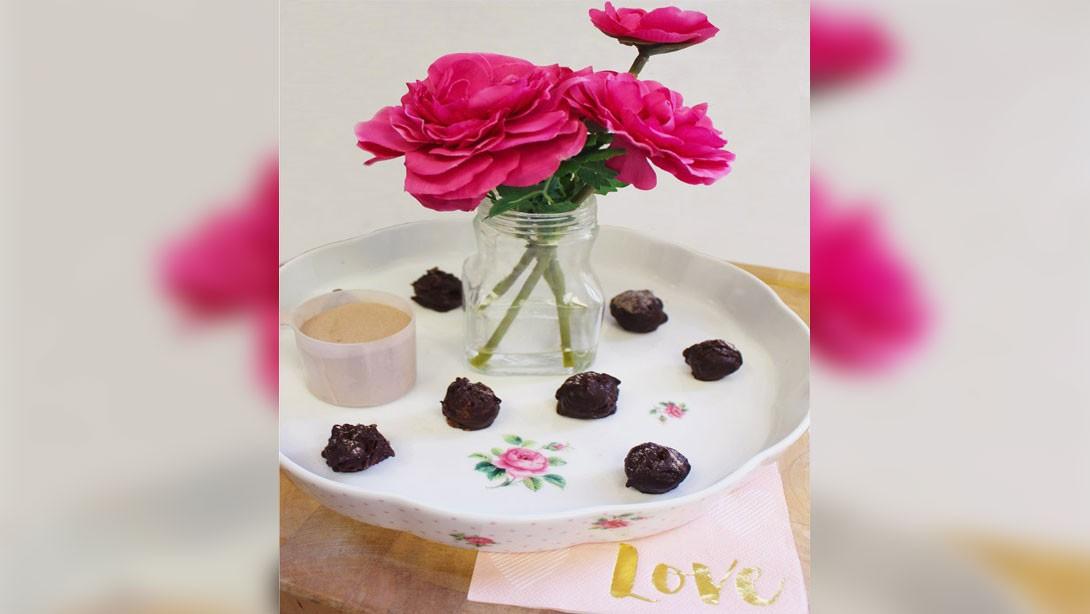chocolate-vase