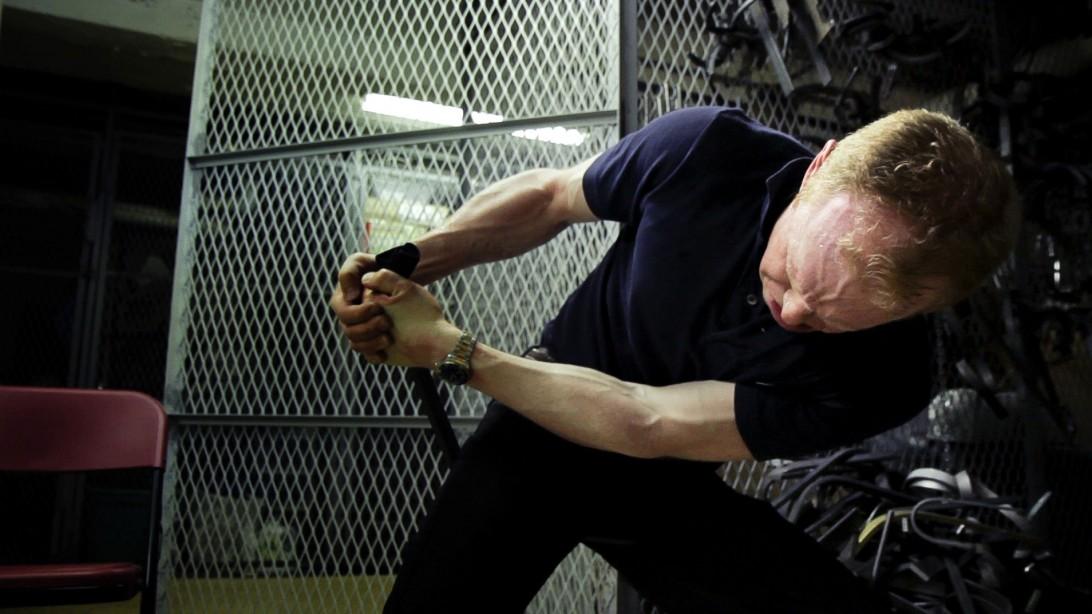 "Q&A: ""Bending Steel"" Oldtime Strongman Chris Shoeck"