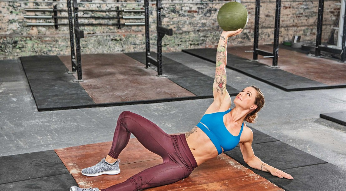 Christmas Abbott Workout.Christmas Abbott S 20 Minute Total Body Circuit For A Sleek