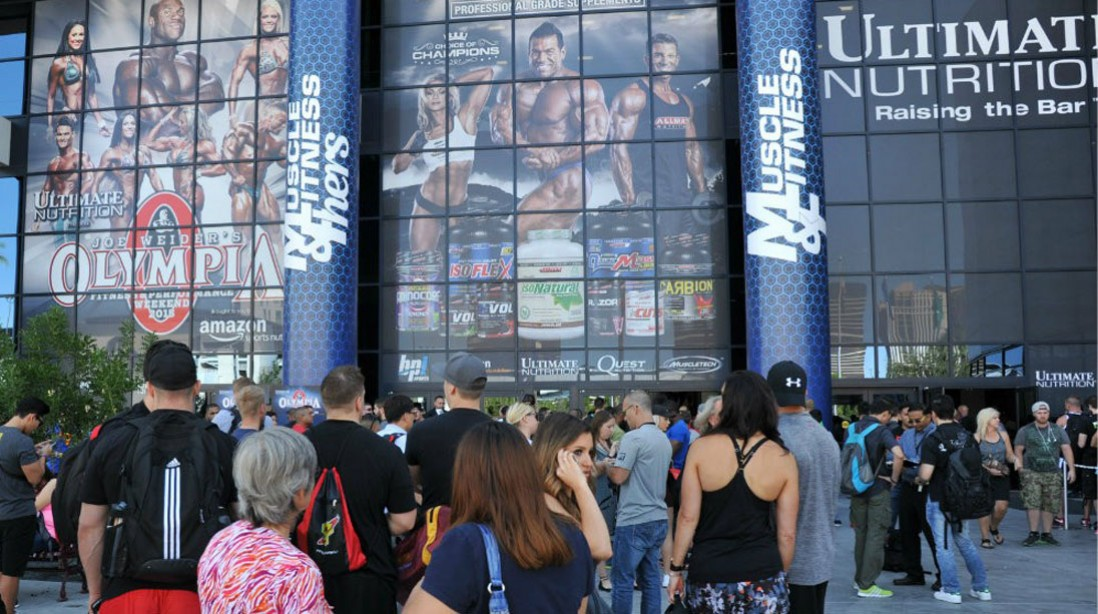 Crowds Gather for Kickoff of 2015 Mr. Olympia Expo