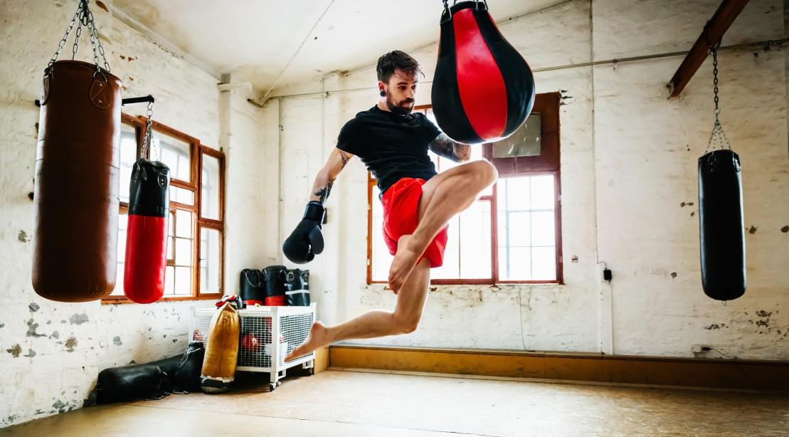 Flying Knee Kick