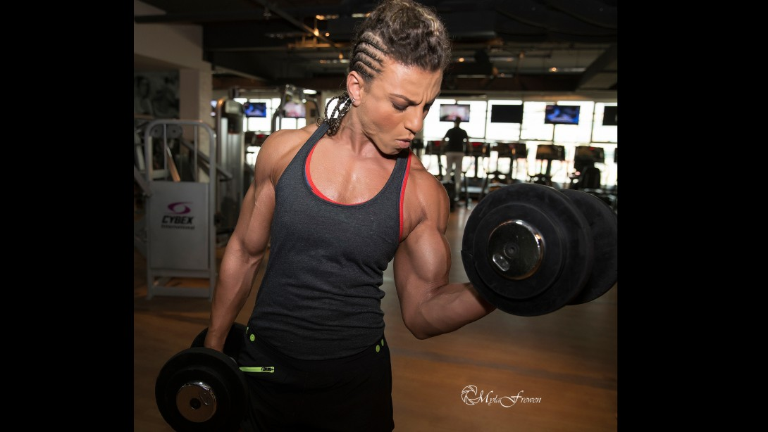 Female Arab Bodybuilder Continues To Go Forward For A Pro-Card