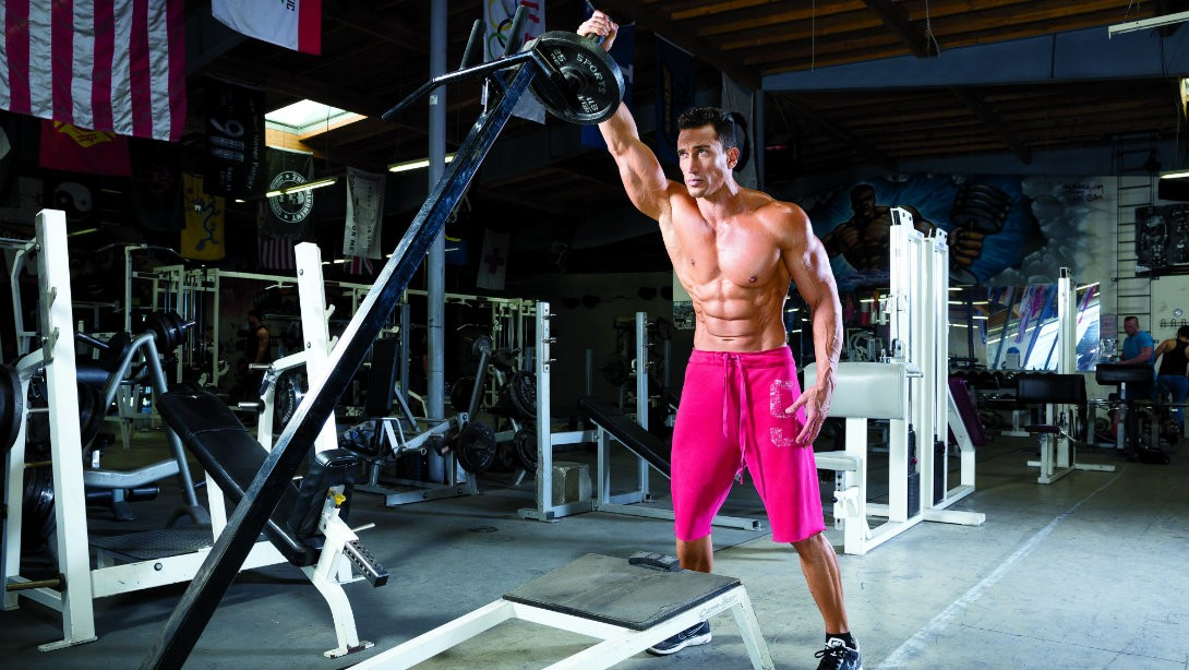 Instant Muscle: Blow Up Your Shoulders