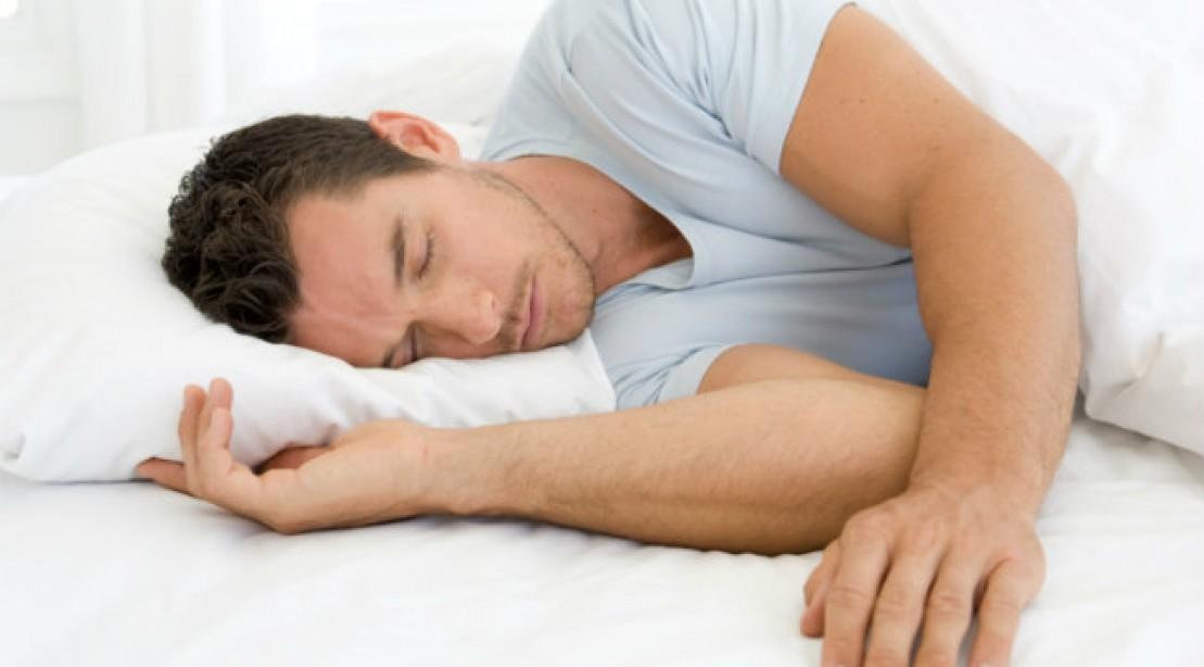 Une prière courte et efficace avant d'aller dormir Man%20sleeping