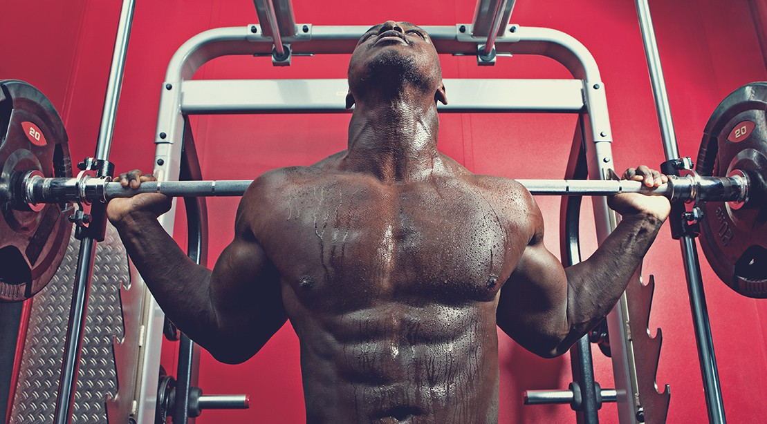 Barbell squats vs smith machine squats muscle fitness