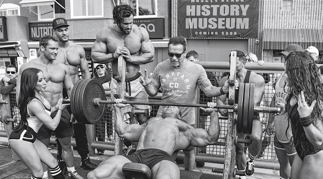 c87d8dd5 Vintage Muscle - Arnold Schwarzenegger Revisits Muscle Beach ...