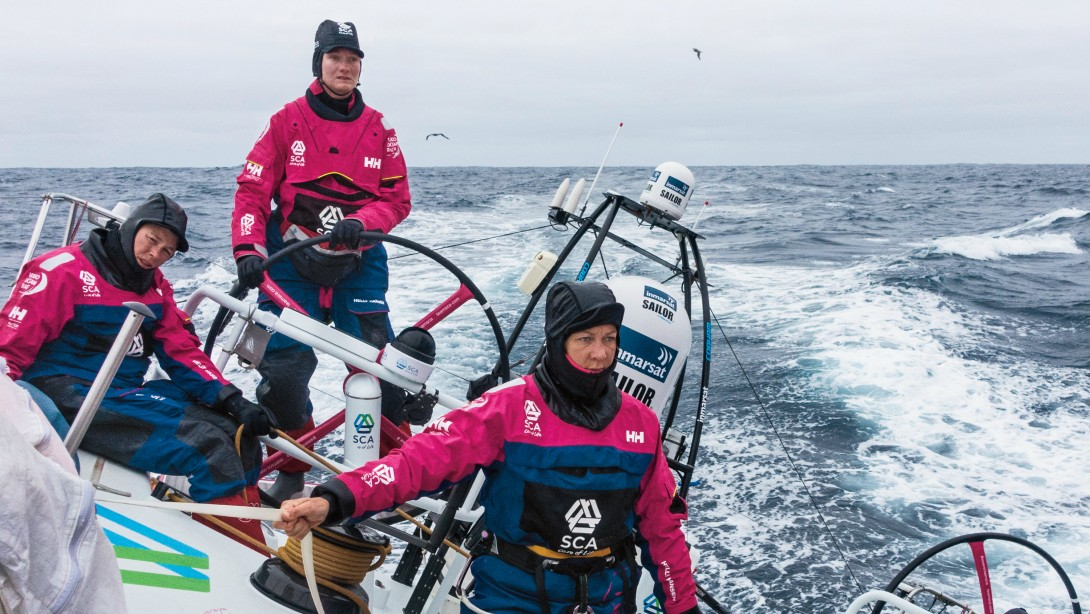 15 Women Conquer World's Toughest Ocean Race