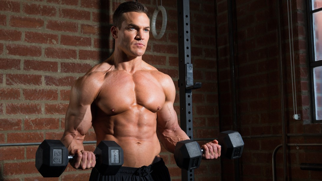 how to build muscle when you reach 30 curls