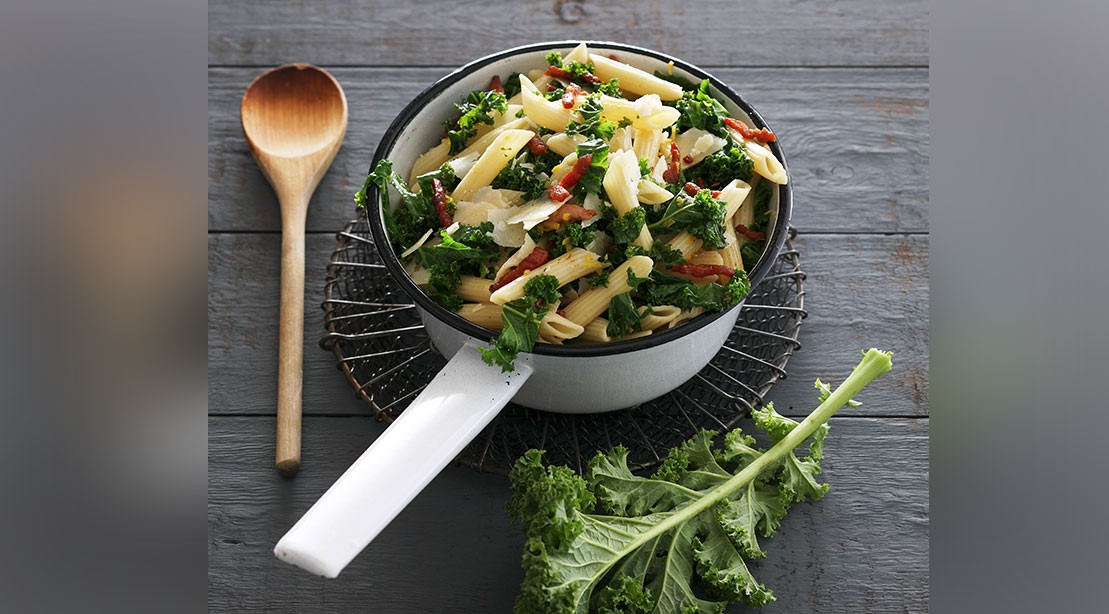 Whole Wheat Penne With Kale & Cannellini Beans