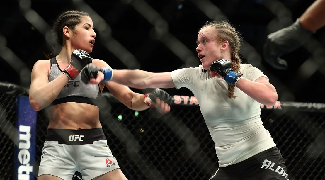 """One tries inadvertently to rob the UFC fighter Polyana Viana and immediately regrets it """"title ="""" One unintentionally tries to rob the UFC fighter Polyana Viana and immediately regrets it """"/>    <div class="""