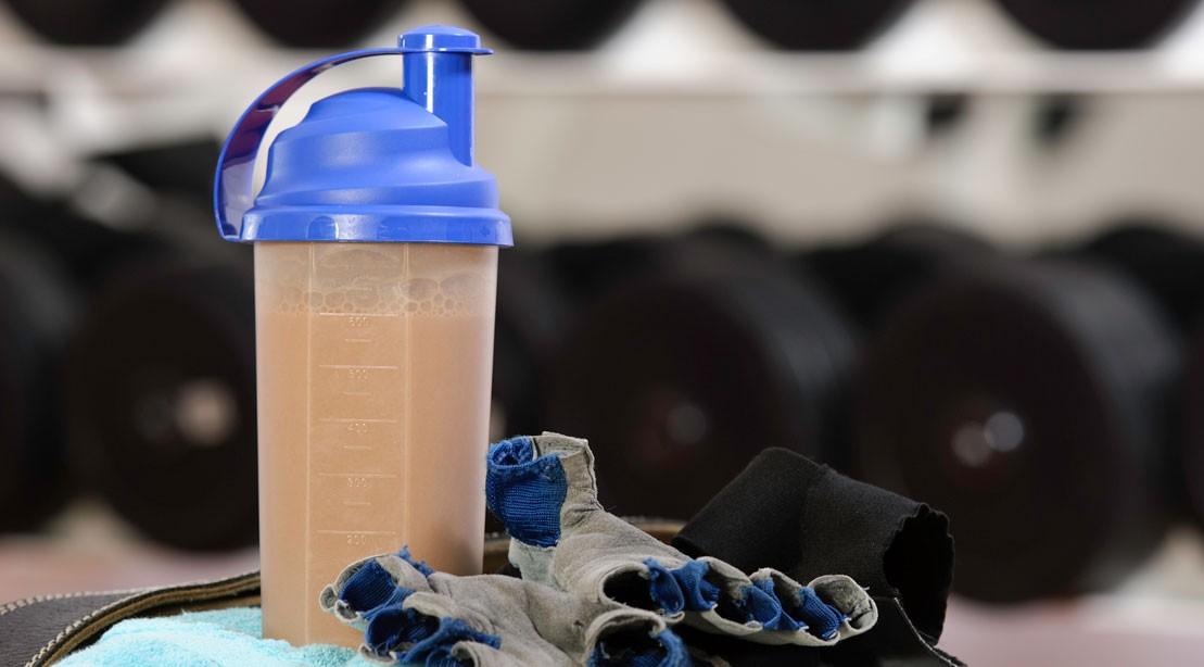 protein shake 183341598