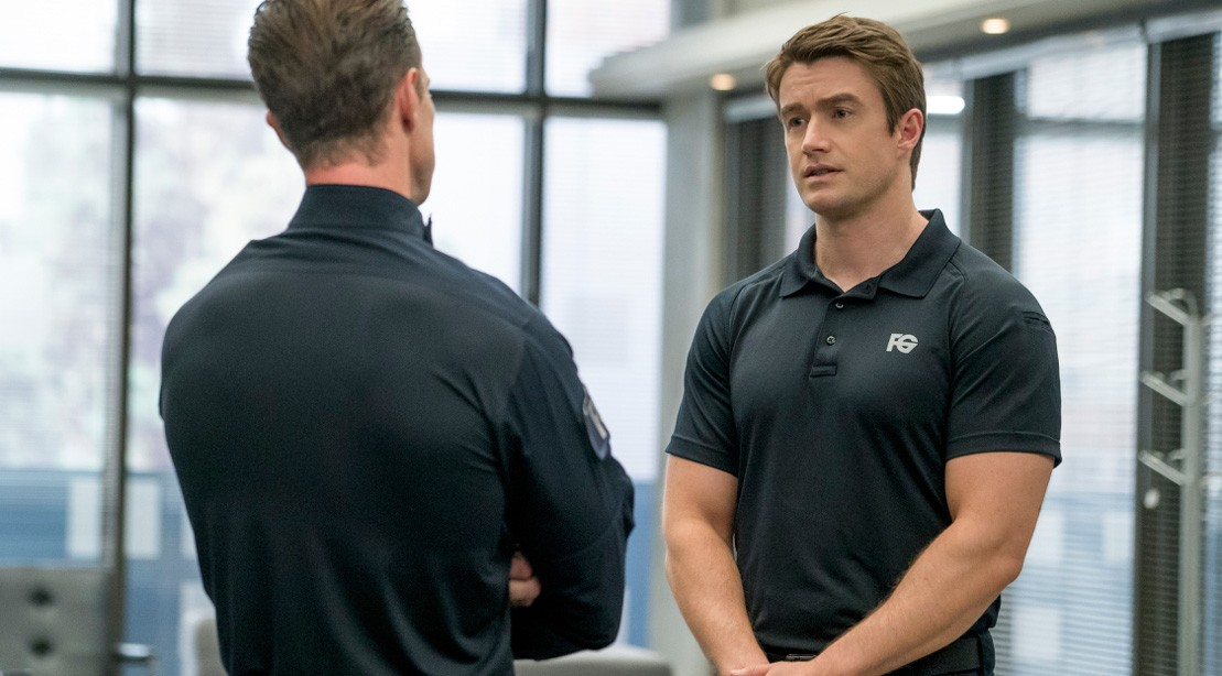 iZombie Star Robert Buckley Talks Training, Gym Tunes, and Lucky Flip-Flops