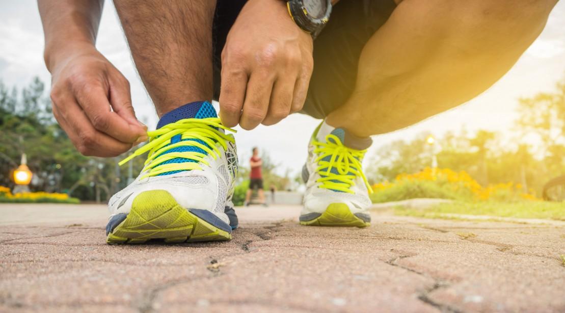 Tying running sneakers