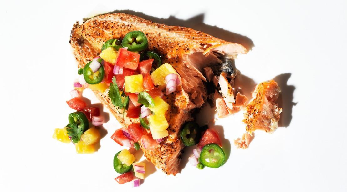 Salmon and Salsa: 15 Minute Super Meal rfhuhrui