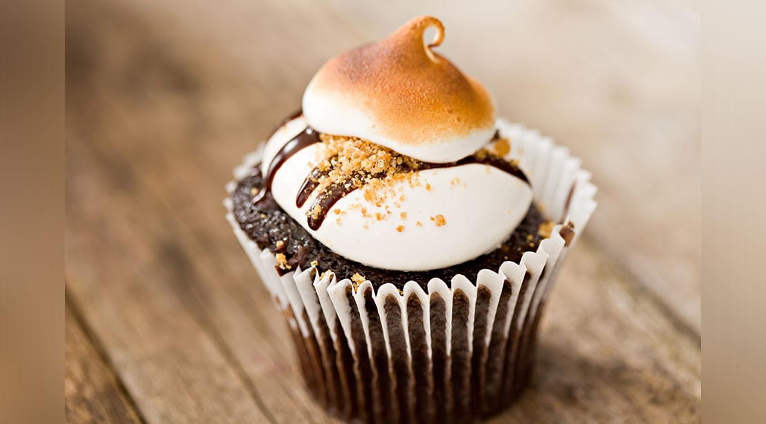 These Vegan S'mores Cups Have a Secret Ingredient