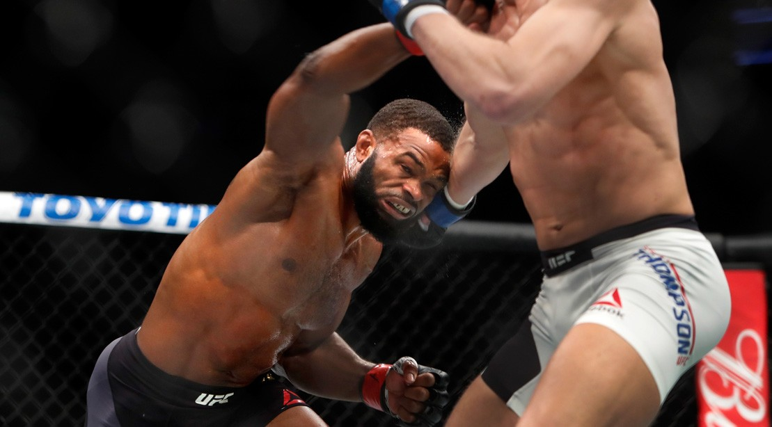 Tyron Woodley and Stephen Thompson exchange during UFC 209.