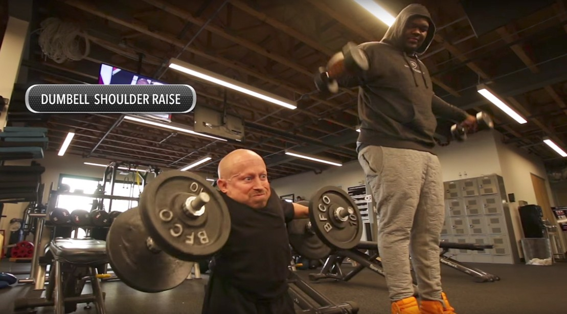 Verne Troyer Goes Beast Mode in the Weight Room With NFL Prospect Du'Vonta Lampkin