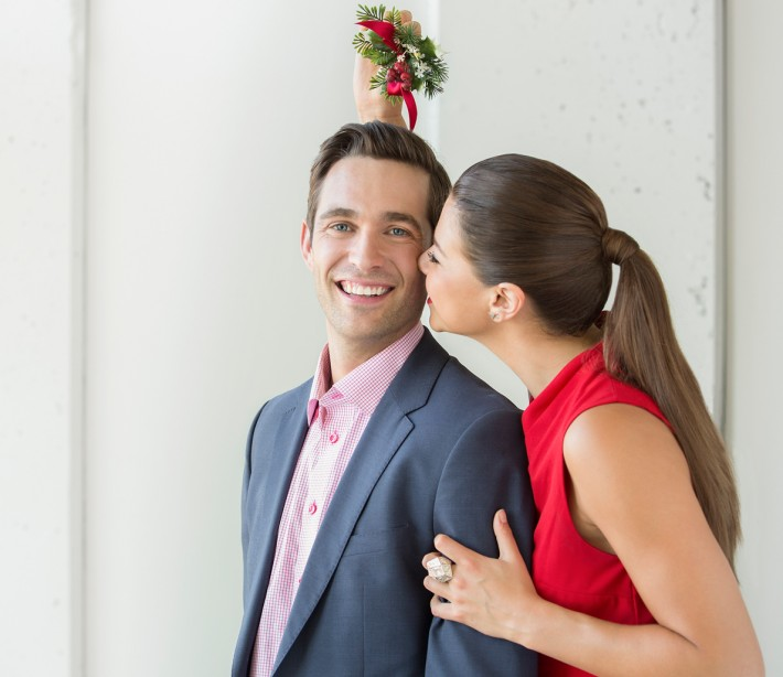 When Kissing Under Mistletoe Is Okay—and When You'll Just Make a Fool of Yourself