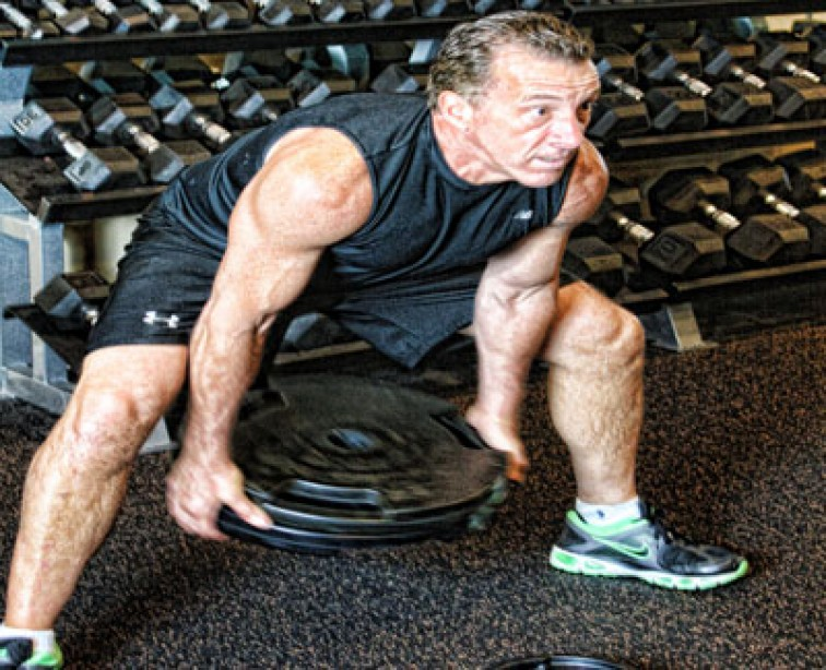 Maximize Your Core Strength with the Plate Swing