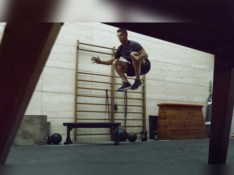 Cristiano Ronaldo's legs workout for sculpted quads and explosive