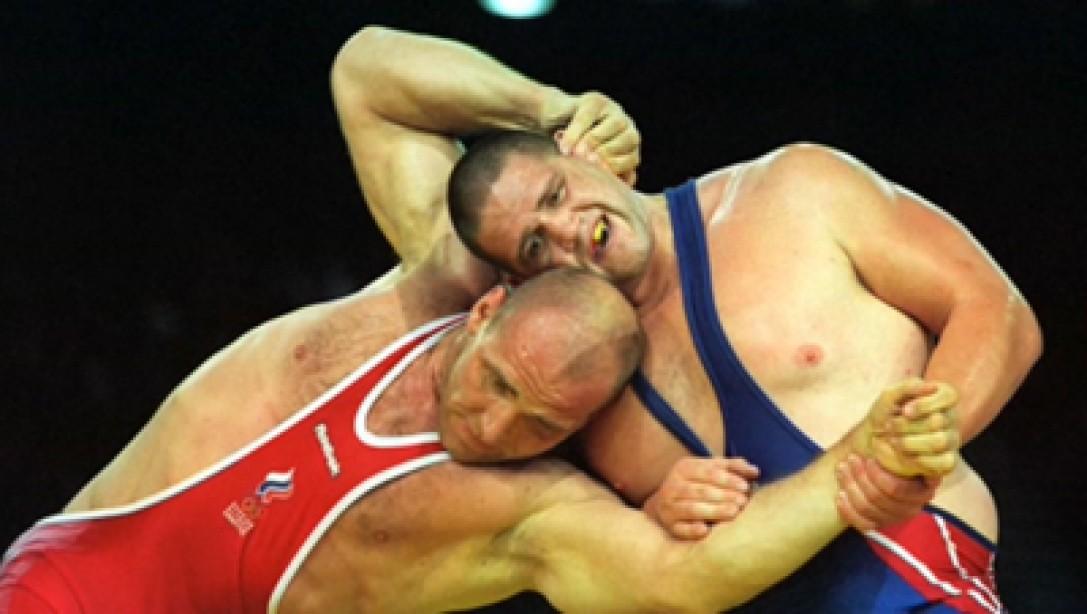 Wrestler Rulon Gardner Wants to Make Olympic Comeback