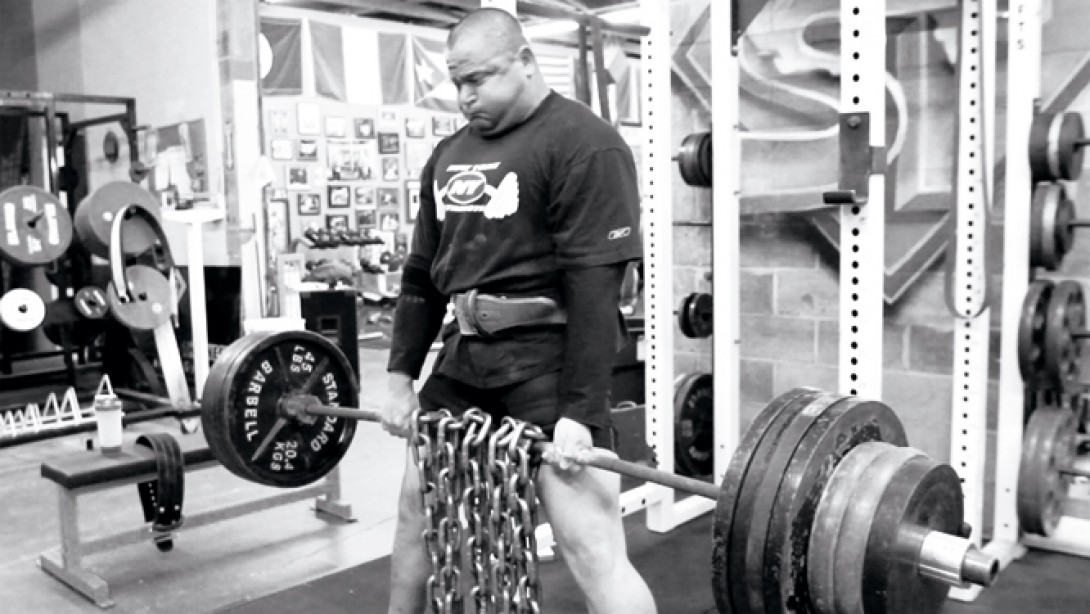 Super Training in the Best Gym in the West | Muscle & Fitness