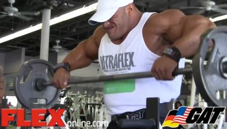 Dennis James & Big Ramy Train Shoulders