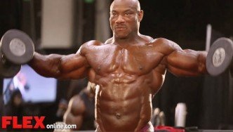 2014 Olympia Pump Up Room: Dexter Jackson!