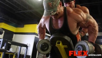 Flex Lewis Trains on the Eve of the 2014 Flex Lewis Classic