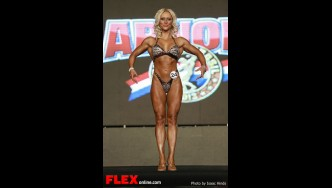 Kizzy Vaines - 2013 Arnold Brazil