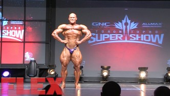 2016 Toronto Pro Open Bodybuilding Routine: Ben Pakulski