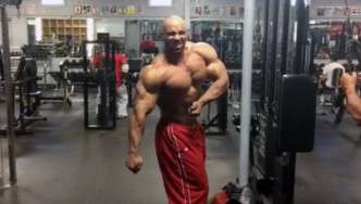 Juan Morel Posing 8 Weeks Before the 2015 Olympia
