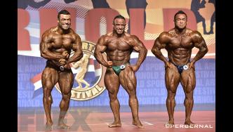 2015 Arnold Classic 212 - Comparisons