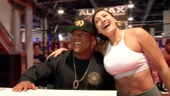 2017 Olympia Expo Booth: Phil Heath