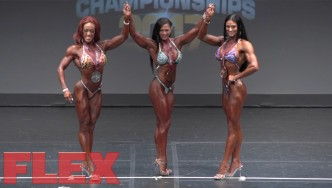 2017 IFBB Toronto Pro: Figure Final Posedown & Awards