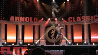 The Routine of 2018 Arnold Classic Physique 3rd Place Finisher, Courage Opara