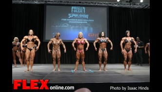 Comparisons - Women's Bodybuilding - 2013 Toronto Pro