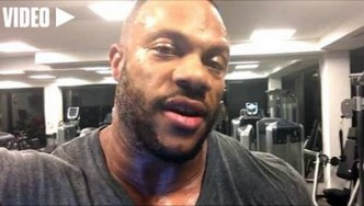 Phil Heath Updates Fans 2 Weeks Before the 2015 Olympia