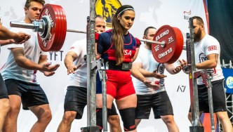 Amanda Lawrence Talks Powerlifting