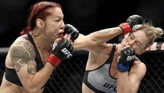 Cris-Cyborg-Bellator-Featherweight-Fighter