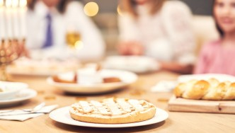 Hanukkah-cena-pastelería-comida-vacaciones