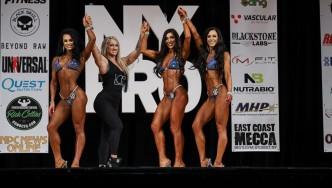 Mariella-Pellegrino-Contestants-Hand-Raise