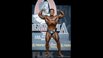 Arash Rahbar - Classic Physique - 2019 Olympia