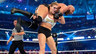 10 Female WWE Superstars that could kick you're a**