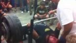 Texas High School Kid Benches 700 Pounds thumbnail